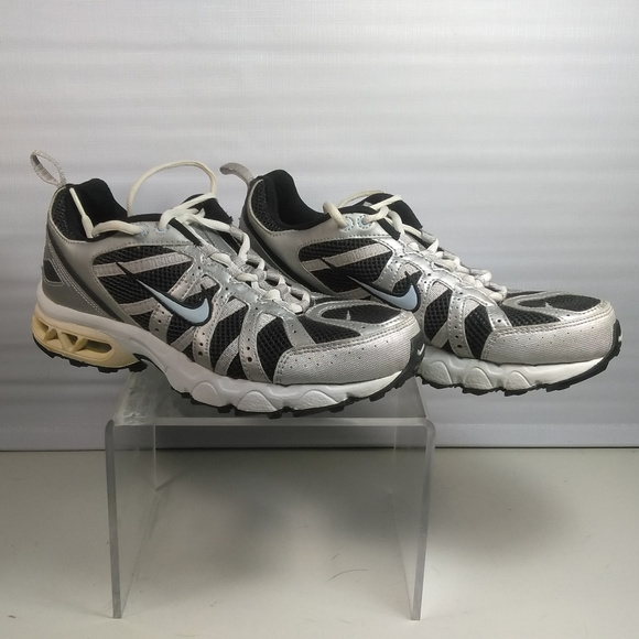 new style 35237 b63b2 Nike Air max Assail women sneakers Size 10. M 5bfe31df34a4ef66e017a9f7